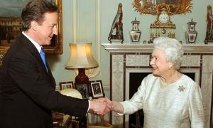 เดวิด คาเมรอน นายกรัฐมนตรี อังกฤษ